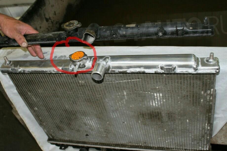 радиатор с горловиной